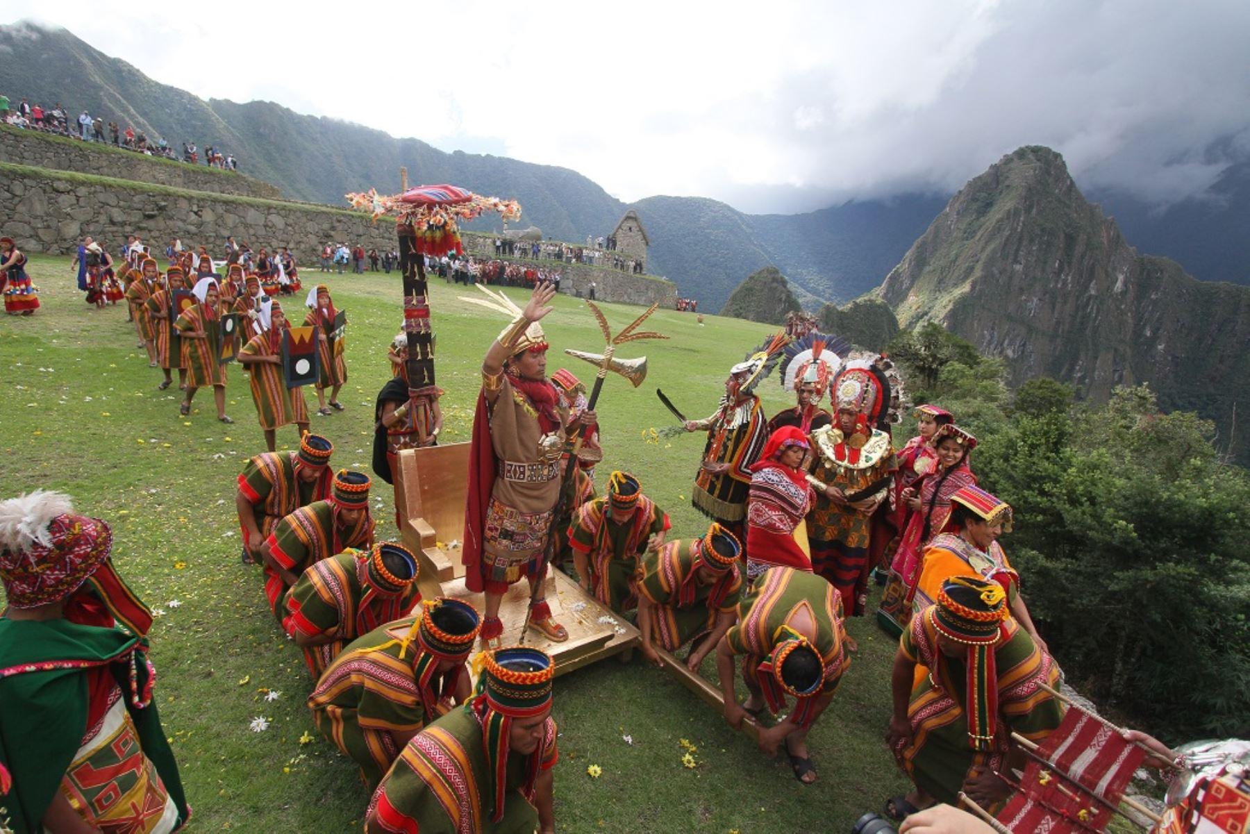 Peru - Page 6 VALLE-SAGRADO-DE-LOS-INCAS-CON-MACHUPICCHU-2-DIAS-1-NOCHE